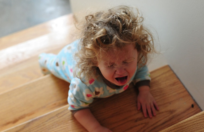 Toddler-crying-on-stairs.jpg